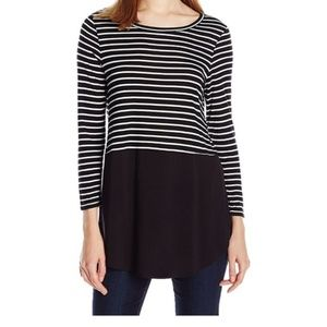 Two by Vince Camuto Black Striped Blouse